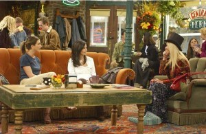 Rachel-Monica-and-Phoebe-in-Central-Perk-on-Friends