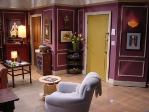 Rosss-apartment-on-Friends-TV-show-2